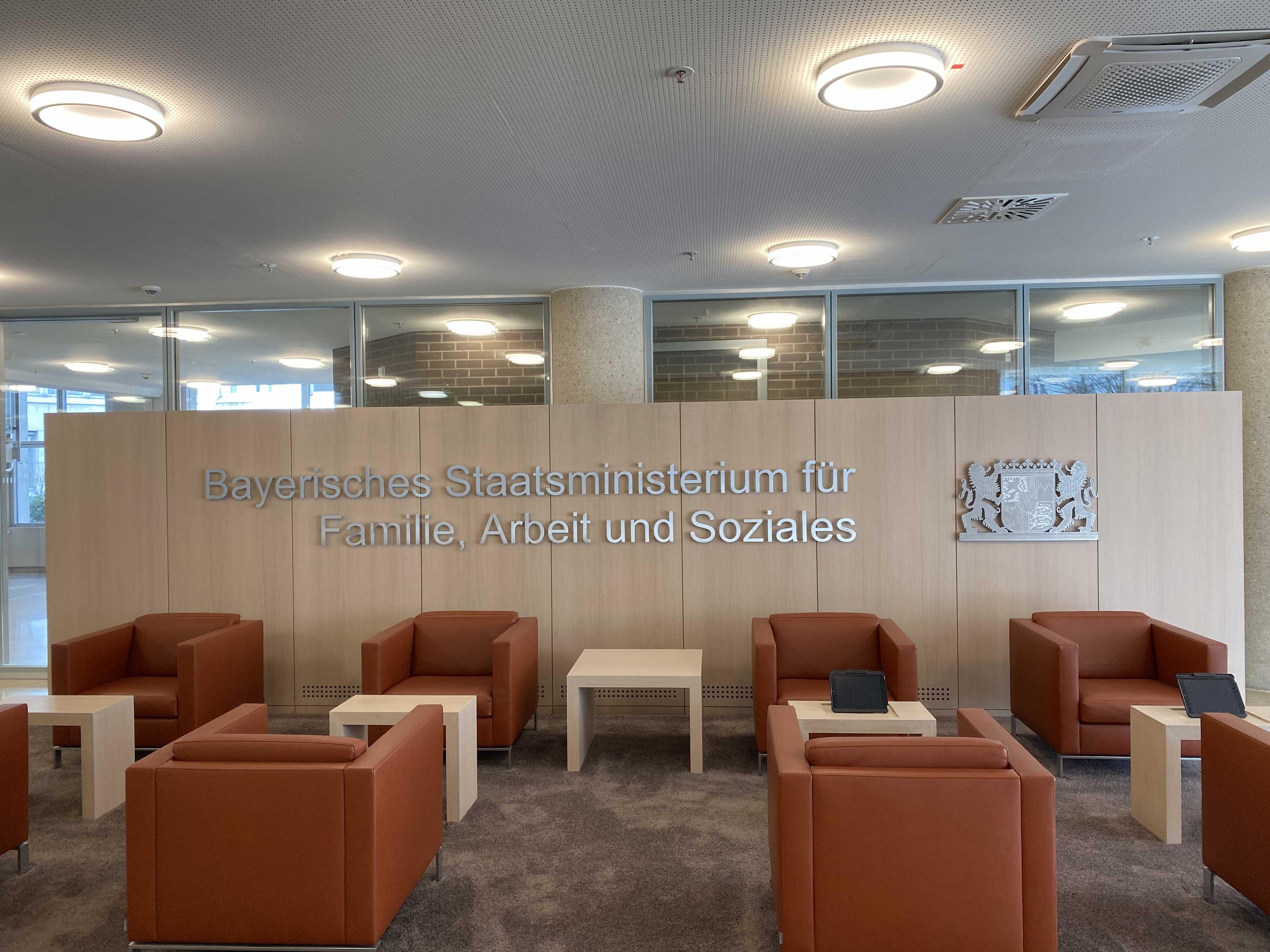 Umbau Besprechungsräume Bayerisches Staatsministerium für Arbeit und Soziales, Familie und Integration (StMAS)