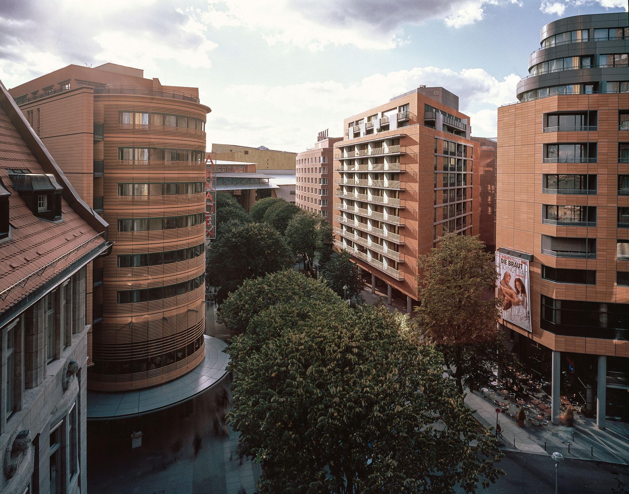 A3 Potsdamer Platz 1